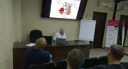 Заседание дискуссионного клуба в Учебном центре доктора Едранова по теме: «Имплантология»